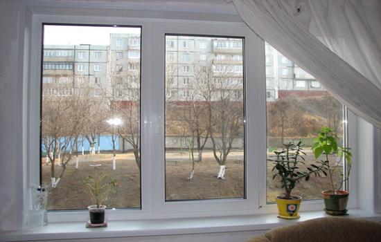 Pochemu-plastikovye-okna-zhelteyut