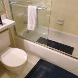 Резиновый коврик для ванной комнаты: последний штрих комфорта