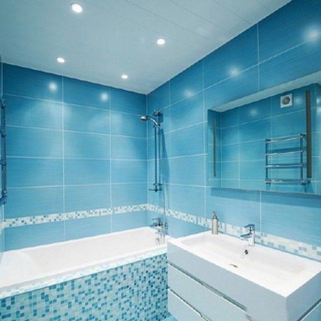 Какой потолок лучше сделать в ванной комнате ?